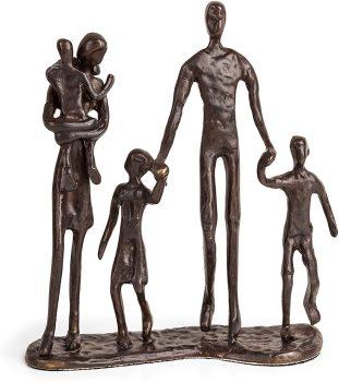 Family metal sculpture