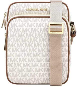 Michael Kors Jet Set Travel Signature bag