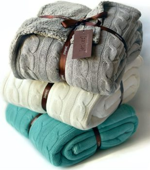 Cable knit Sherpa oversized throw