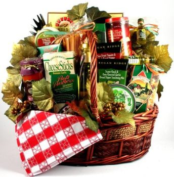 Deluxe Gift Basket with Pastas