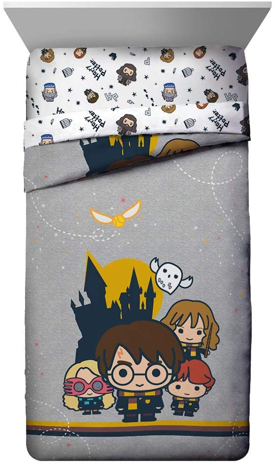 10. Hogwarts Bed Sheets