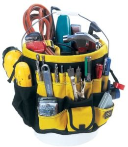Out-bucket Pocket for Construction Workers