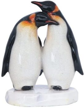 Penguin Couple Decorative Figurine