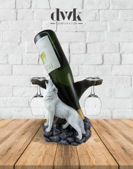 Wine of the Wild – Wolf Wine Display Set
